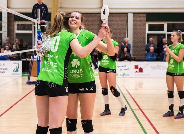 Dames 1 neemt afscheid - Volleybalvereniging Alterno Apeldoorn